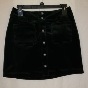 GAP black velvet mini skirt with silver snaps